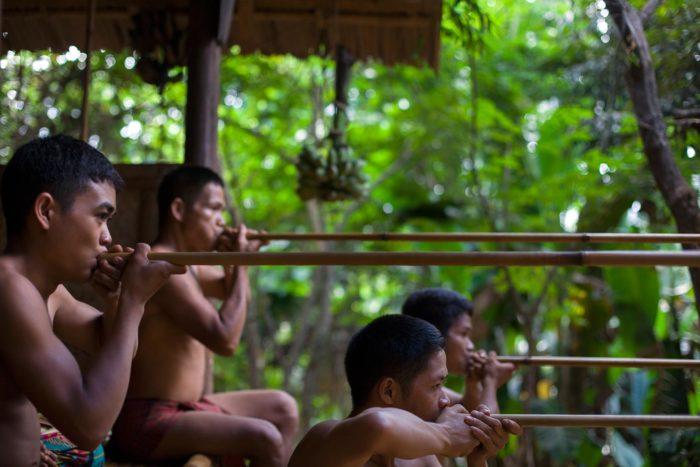 08-palawan-tribe-hunting---copyright-salvo-galano