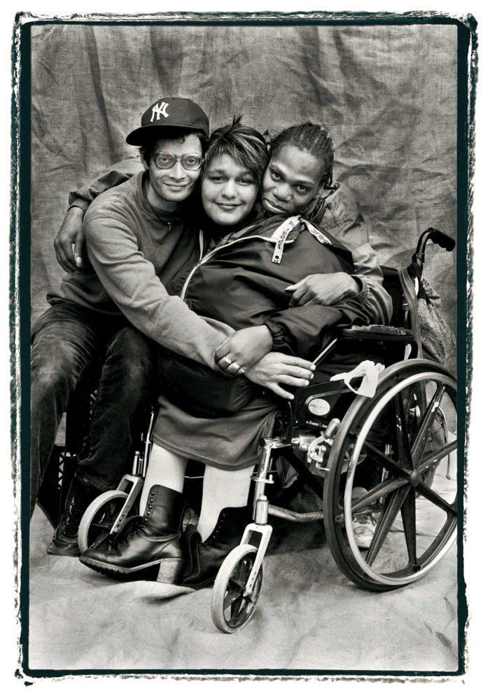09-Pedro,-Carmen-and-Ed,-sidewalk-stories---storie-di-strada---copyright-salvo-galano