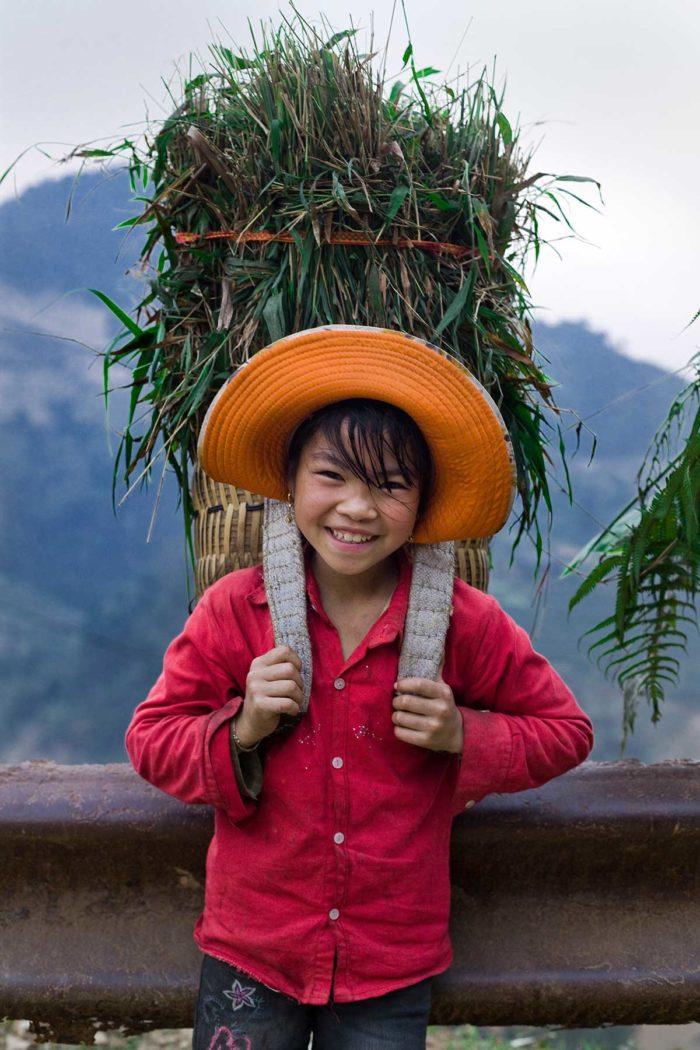 102-kid-ban-pho-village--vietnam