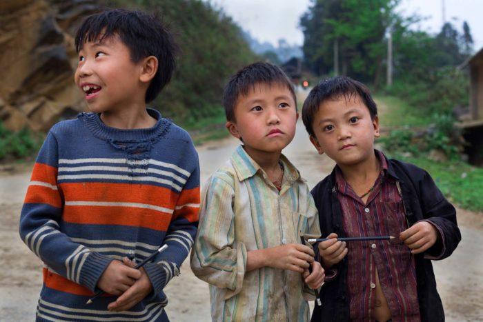 104-kids-ban-pho-village--vietnam