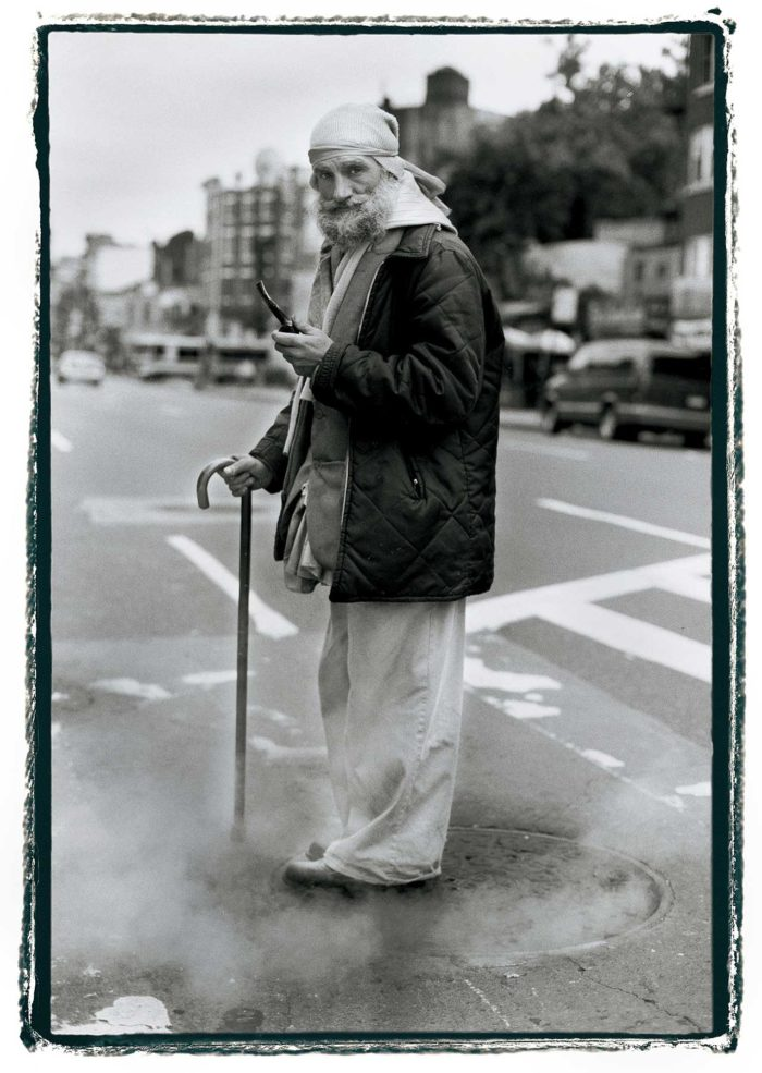 14-Ronald-with-smoke,-sidewalk-stories---storie-di-strada