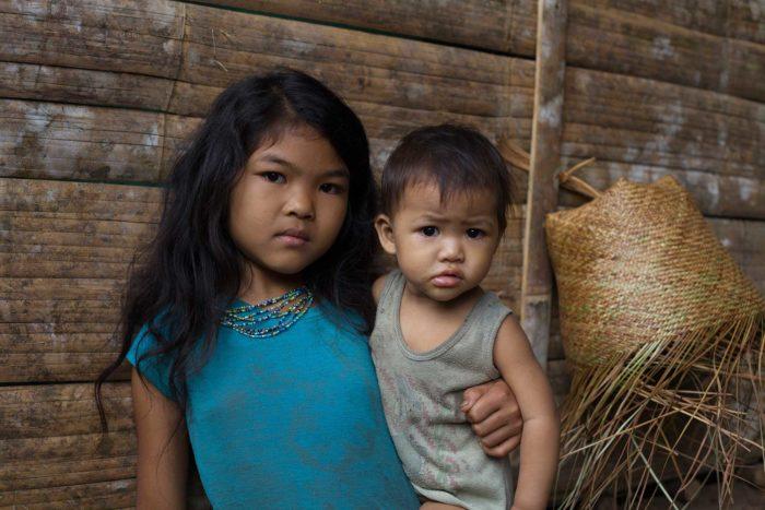 60-kids-tau't-bato-tribe,-rizal-palawan